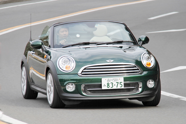 BMW ミニ(MINI)ロードスター 走行イメージ