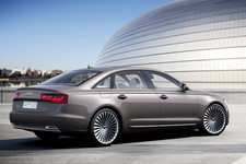 Audi A6 L e-tron concept[電気自動車コンセプトカー] リア周り