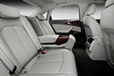 Audi A6 L e-tron concept[電気自動車コンセプトカー]リアシート(センターアームレスト)