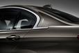BMW NEW 3シリーズ セダン ロングホイールベースバージョン[BMW NEW 335Li] 専用デザインのCピラー周り