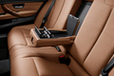 BMW NEW 3シリーズ セダン ロングホイールベースバージョン アームレスト