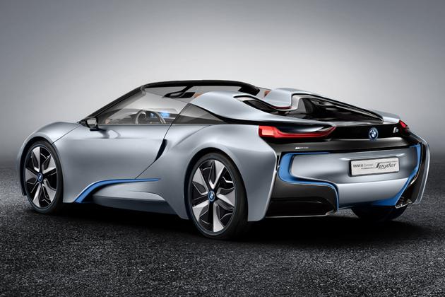 「BMW i8 コンセプト スパイダー」 リアビュー