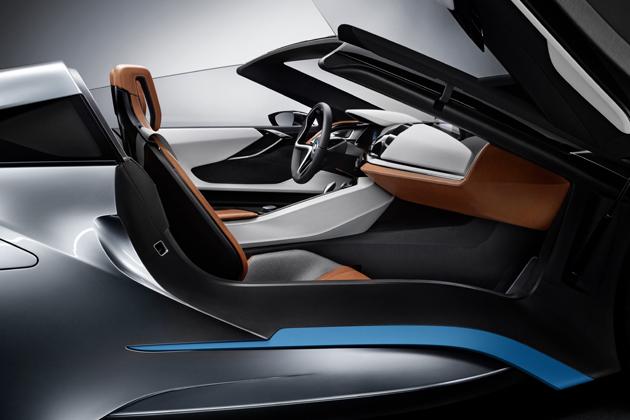 「BMW i8 コンセプト スパイダー」インテリア