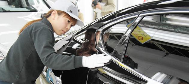 日産 新型「シーマ」復活~栃木工場発・匠が造る「超」こだわりの最高品質とは~