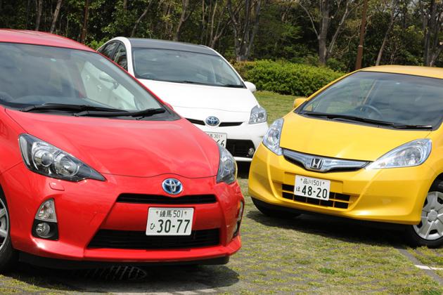 販売ランキングの上位を占める買い得なハイブリッド3台の運転感覚と使い勝手を徹底比較