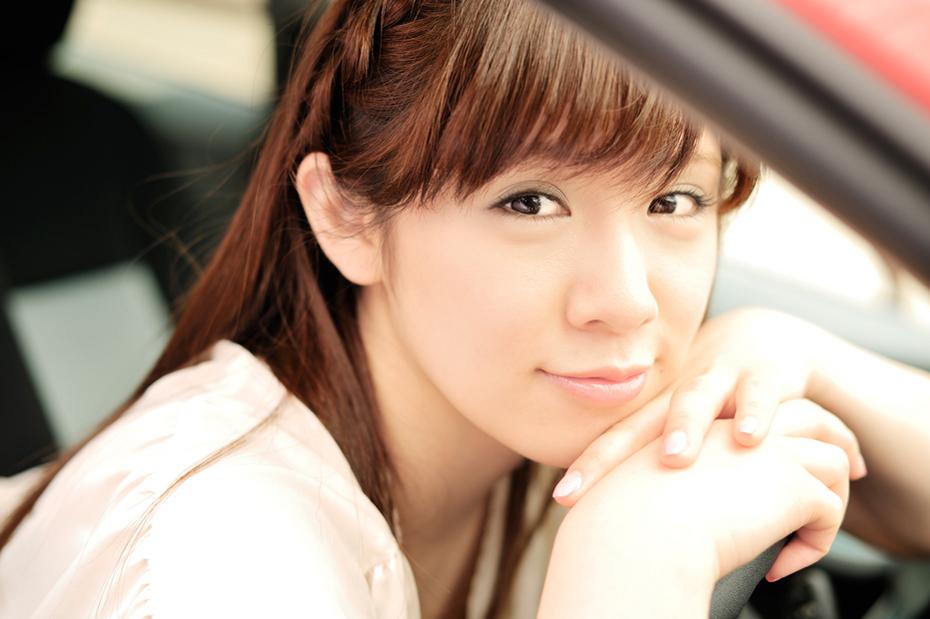 トヨタ アクア/遠野千夏【ドライブ美人】
