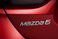 新型「マツダ アテンザ(Mazda6)」2013年モデル[2012モスクワモーターショー出展車] Mazda6は海外でのアテンザの名称