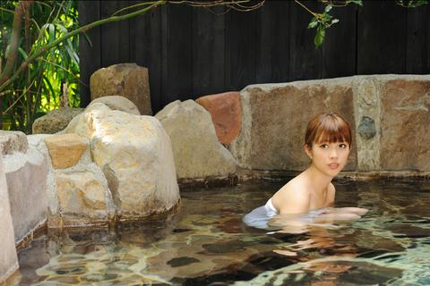 露天風呂の貸し切り。贅沢な気分です。