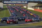 フェラーリ、964台のフェラーリによるパレードがギネス認定 ~2008年の富士スピードウェイ・490台の記録を塗り替える~