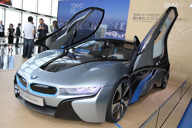 BMW、六本木ヒルズ52F展望台で「i8 CONCEPT」「i3 CONCEPT」を展示 -BMWのPHV&EVは2014年に発売!?-