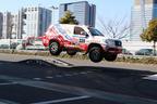メガウェブランドクルーザーが飛ぶ!「ランクルジャンプ同乗試乗会」開催