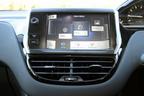 プジョー 208 Premium タッチスクリーン