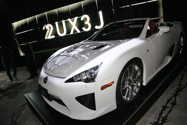 [東京オートサロン2013]「2UX3J」(LEXUS)レクサスブース レクサスLFA