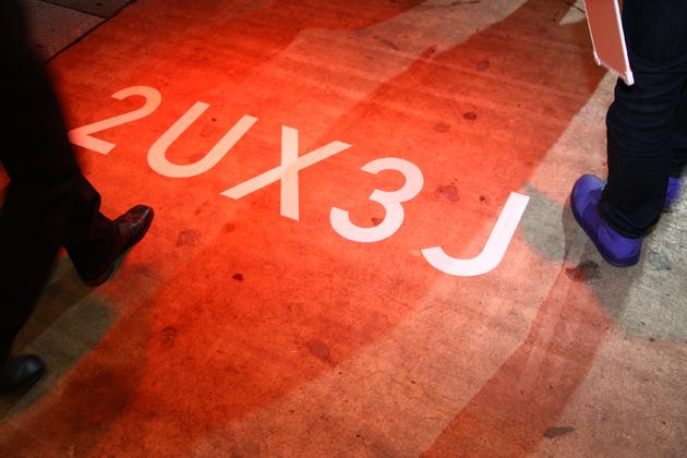 [東京オートサロン2013]レクサスブース「2UX3J」