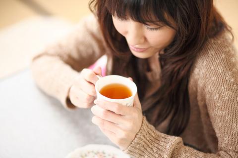 「午前の紅茶、おいしー」