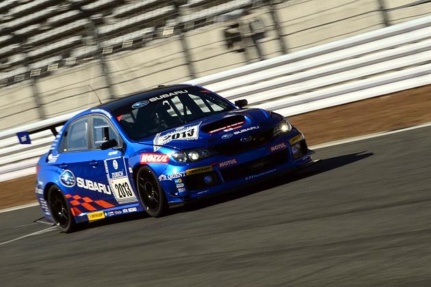 2013年ニュルブルクリンク24時間耐久レース参戦車両の「SUBARU WRX STI 4ドア」