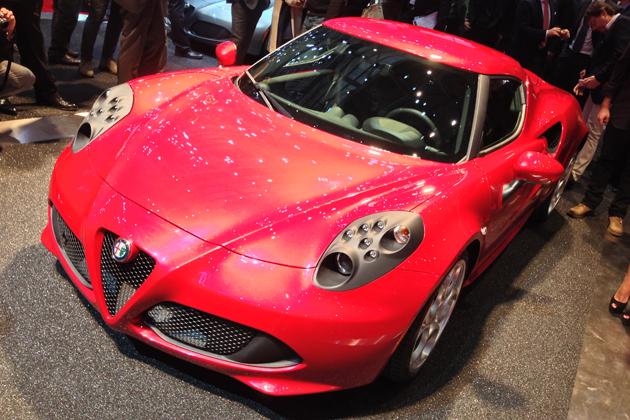 【3/6更新:ジュネーブショー2013】アルファ ロメオ、ジュネーブモーターショーで「4C」の市販モデルを初公開