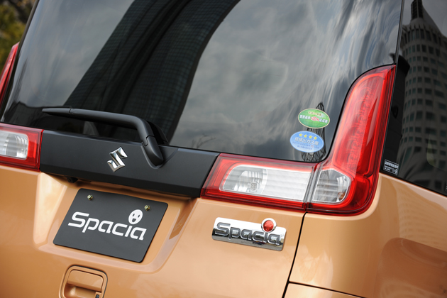 スズキ 新型軽自動車 スペーシア(2013年・パレット後継モデル)新型車解説/渡辺陽一郎 -ワゴンRを超える低燃費29.0km/Lを達成!-