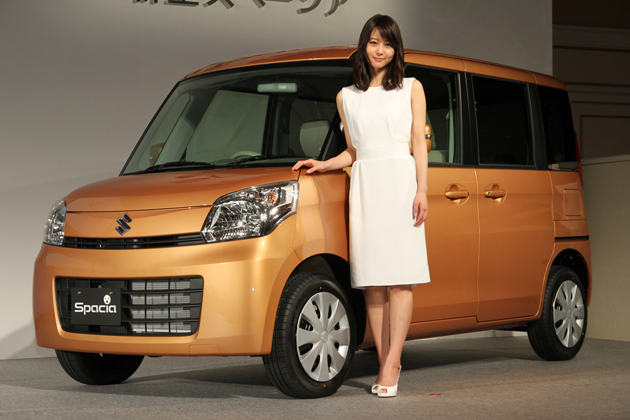 スズキ 新型スペーシア 新型車速報 -堀北真希さんをCMイメージキャラクターに起用「女性に優しい、嬉しい機能が本当にたくさん!」-