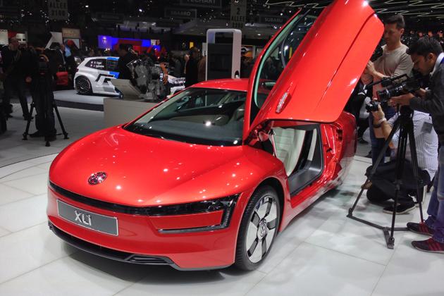 【ジュネーブショー2013】フォルクスワーゲン「XL1」[市販モデル] ~1リッターあたり111.1kmの超絶低燃費を実現!!~