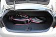 トヨタ クラウン「ハイブリッド アスリートG」ハイブリッドモデルながらトランクにはゴルフバッグ4個を収納