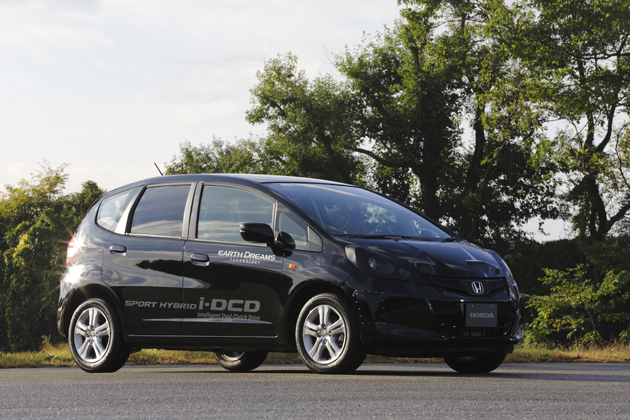 次期新型フィットハイブリッドの技術「SPORT HYBRID i-DCD」を先行投入したホンダのテスト車両