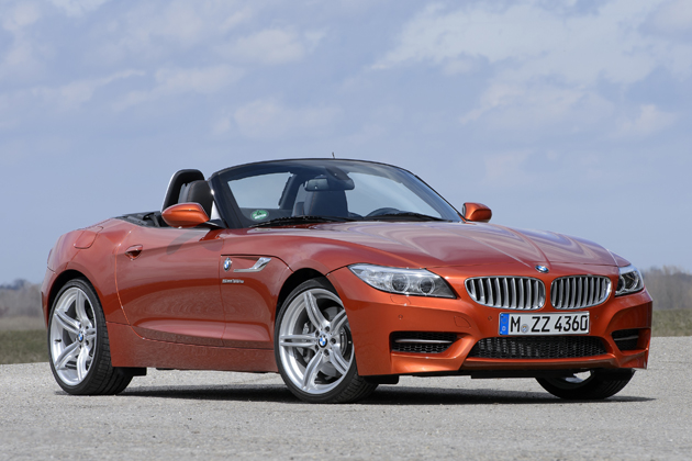 BMW 新型 Z4 sDrive35is デザイン・ピュア・トラクション[2013年マイナーチェンジモデル/ボディカラー:ヴァレンシア・オレンジ(新色)]