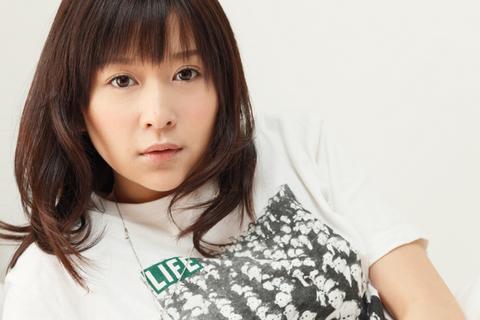 福岡出身で、現在はアイドルグループ「ハニースパイス」でご活躍中です!