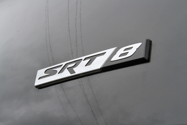 クライスラー・300 SRT8