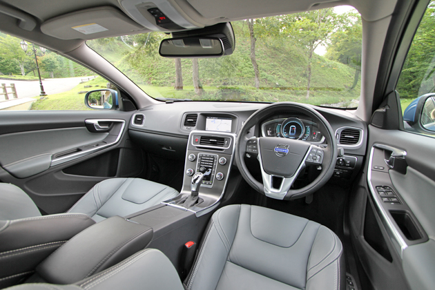 ボルボ S60 T4 SE[2014年モデル] インテリア・フロントシート周り