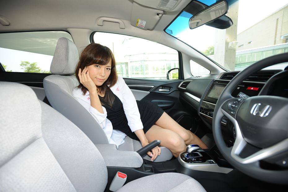 ホンダ 新型フィットハイブリッド/柏木美里の新型車診察しちゃうぞ!