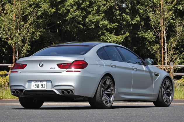BMW M6 グランクーペ[ボディカラー:フローズンシルバー(BMW Individual特別色)]