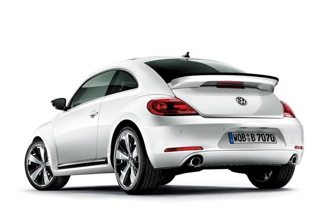フォルクスワーゲン「The Beetle Turbo」リアエクステリア※写真は欧州仕様車(電動パノラマスライディングルーフ装着車)