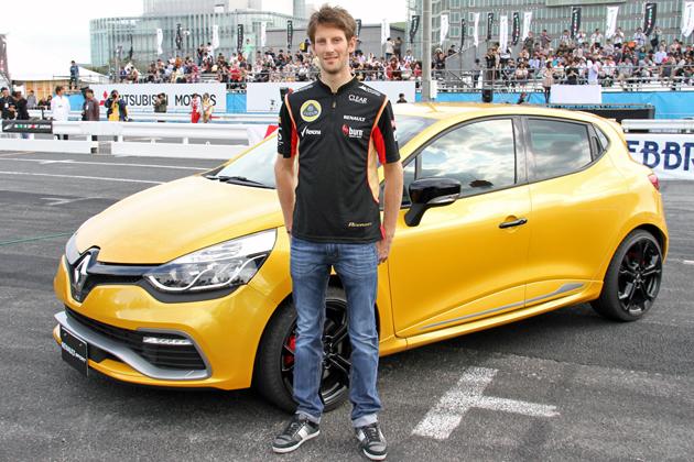 ルノー新型ルーテシアに「R.S.(ルノースポール)」登場 ~F1日本GP第3位のロマン・グロージャン選手もデビューを祝福!~