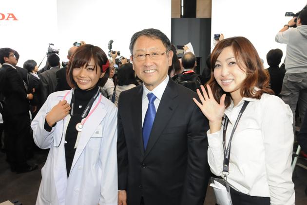 安枝瞳ちゃん・豊田章男社長・吉田由美さん