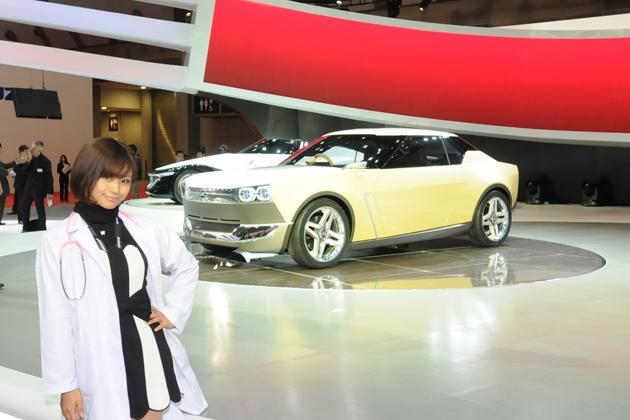 【綺麗な女医さんは好きですか?】安枝瞳の東京モーターショー診察中!【レクサス・日産編】