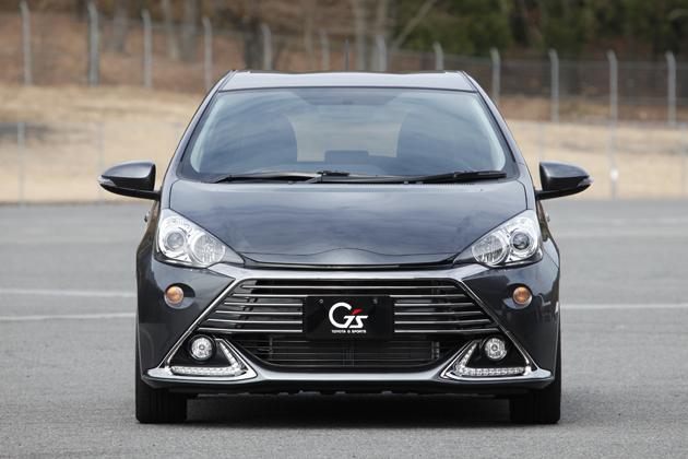 """トヨタ 新型 アクア G's「アクア G """"G's""""」[ボディカラー:グレーメタリック]"""