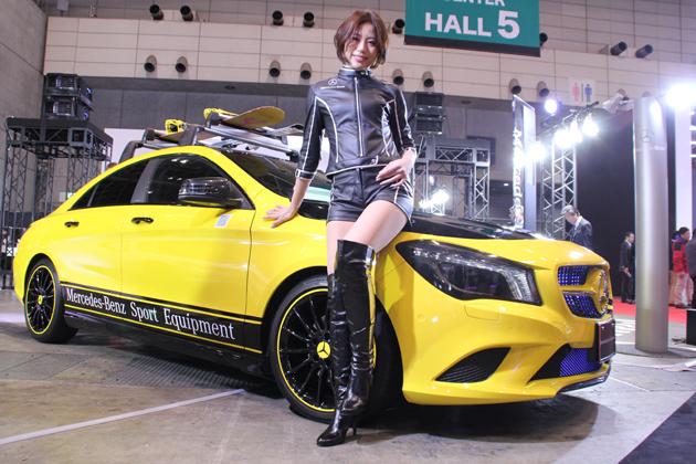 【速報!】ドイツの高級車と日本の美女が奏でる二重奏「メルセデス・ベンツブース」【東京オートサロン2014】