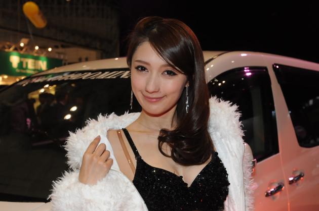 【速報!】憧れのヴェイルサイドエアロと魅惑の美女達にクラクラ!「ヴェイルサイドブース」【東京オートサロン2014】