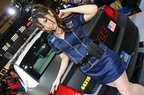 グッドイヤーブースの美人ポリスにノックアウト【東京オートサロン2014】
