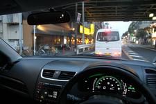 ホンダ ヴェゼルハイブリッド 市街地にて実燃費計測/渋滞中の様子・インカー