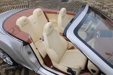 ベントレー コンチネンタルGTC(コンバーチブル) V8