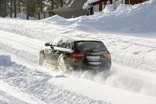 【試乗】日本の「iceGUARD 5」と欧州の「ウィンタータイヤ」を比較試乗!in スウェーデン/日下部保雄
