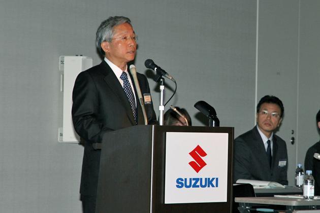 スズキ、超低燃費「40km/L」超えを目指し、新ハイブリッド技術などを発表