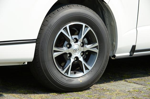トヨタ 新型 ハイエースバン スーパーGL(ロングバン・標準ボディ・標準ルーフ・標準フロア)[オプション装着車]