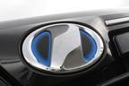 トヨタ 新型ヴォクシーハイブリッド 燃費レポート/フロントロゴ