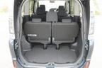 トヨタ 新型ヴォクシーハイブリッド 燃費レポート/ラゲッジルーム