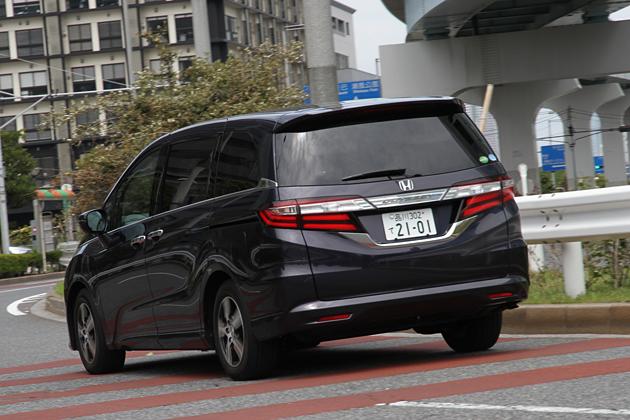 ホンダ 新型オデッセイ G EX [FF・7人乗り]/市街地走行イメージ2