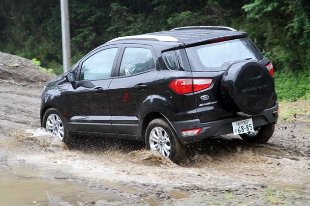 フォード エコスポーツ タイタニアム[2WD/ボディカラー:パンサーブラックメタリック]試乗レポート/渡辺陽一郎 15