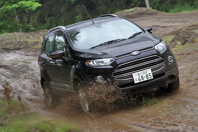 フォード エコスポーツ タイタニアム[2WD/ボディカラー:パンサーブラックメタリック]試乗レポート/渡辺陽一郎 12